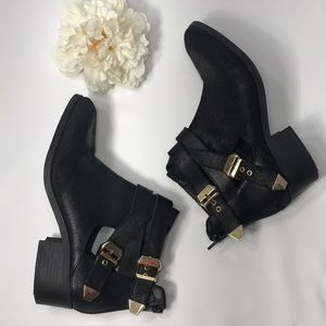 Seychelles Cutout Ankle Boot